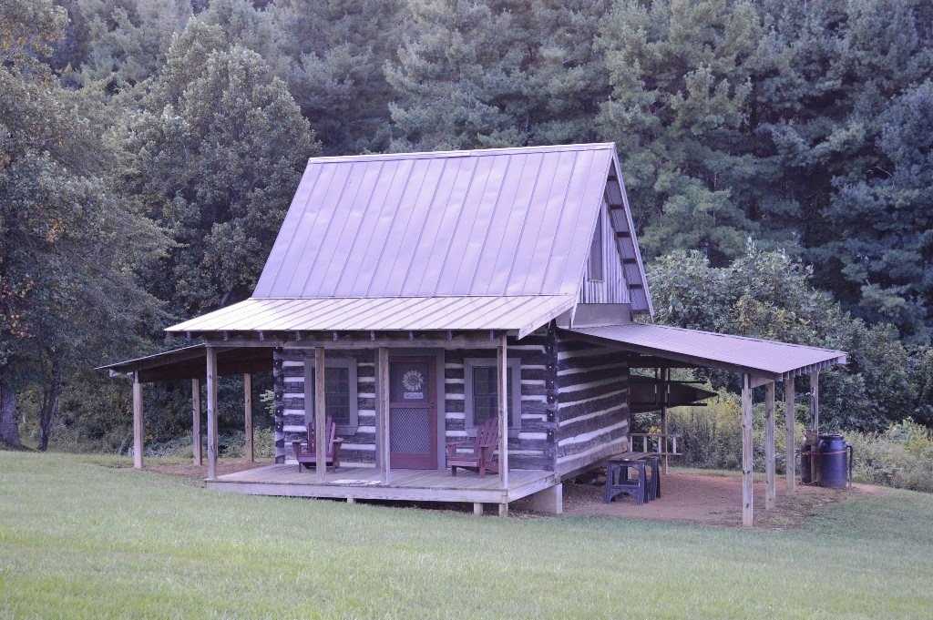 GREAT BUILDING LOT, LOG CABIN CRAB CREEK ROAD, ENNICE, NC