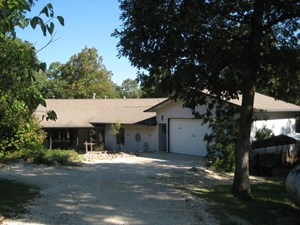 SUSTAINABLE COUNTRY HOME WITH ACREAGE FOR SALE IN MISSOURI