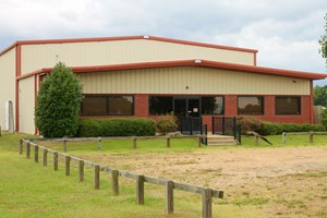 HOHENWALD, TN LEWIS COUNTY COMMERCIAL INDUSTRIAL/WHSE 4/SALE