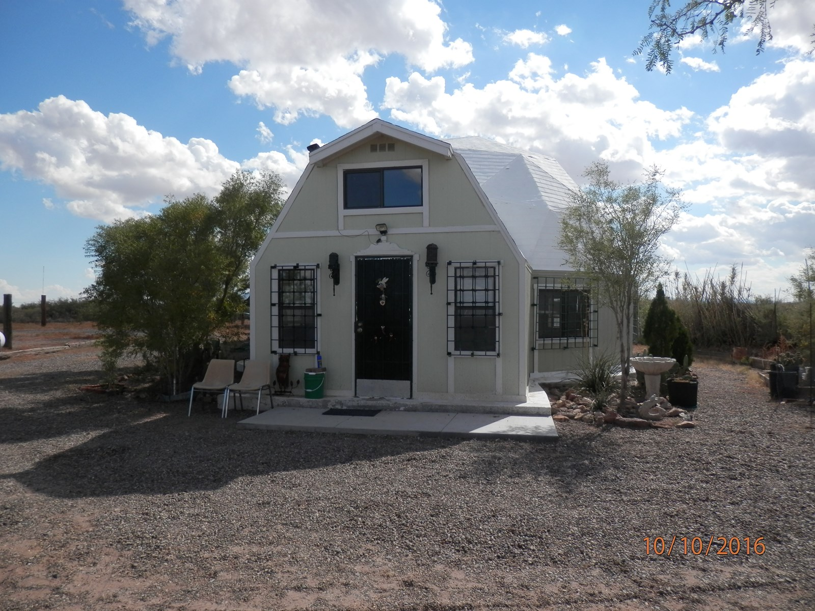 Desert property. GEO-dome home for sale, Luna County .NM