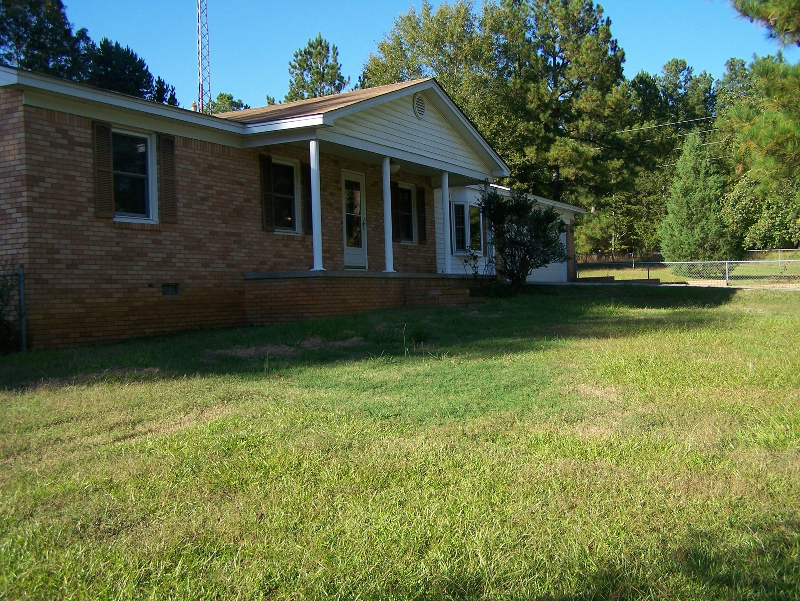 BRICK RANCH 3 BEDROOM/1-1/2 BATH HOME, WINNSBORO, S.C.