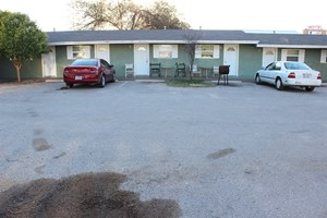 FURNISHED APARTMENT UNITS FOR SALE IN BIG SPRING TEXAS