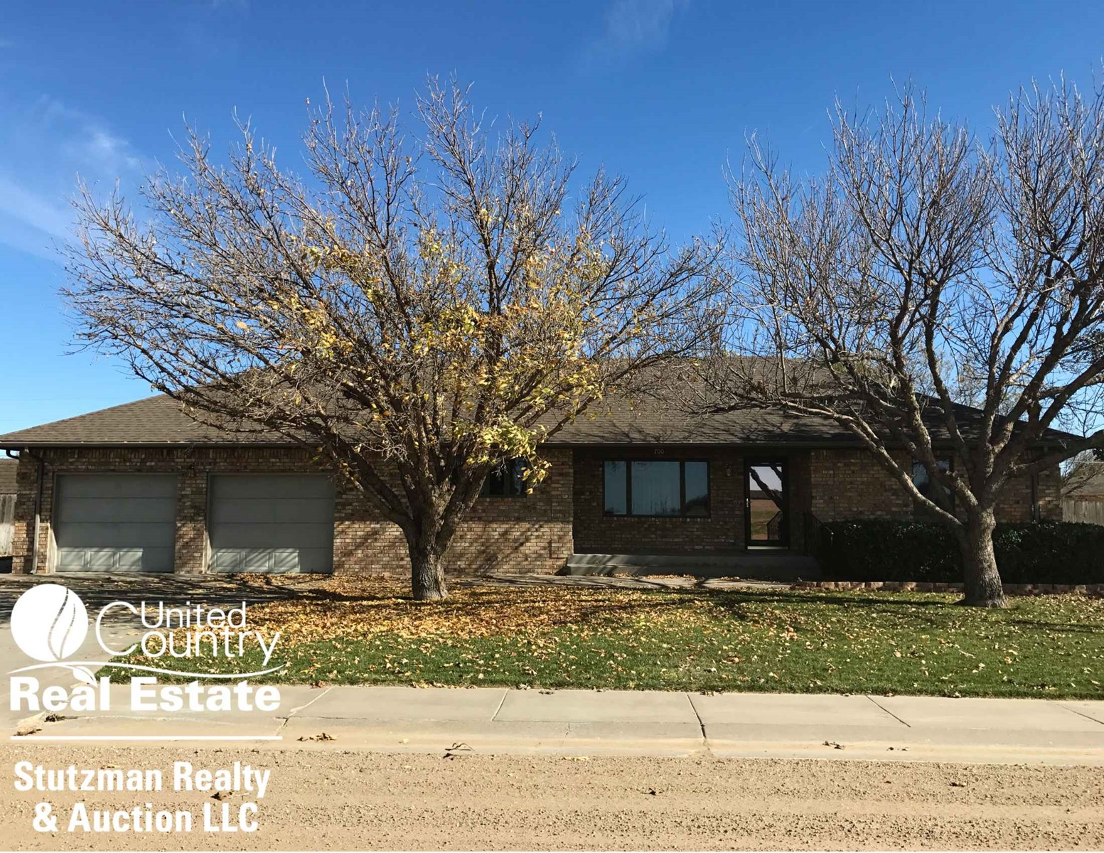 MOVE - IN READY FIVE BEDROOM HOME FOR SALE IN GRANT COUNTY