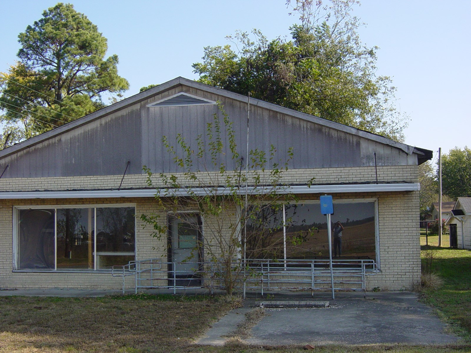 Residential or Commercial Building For Sale north Arkansas