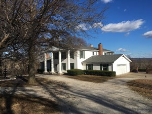 LINCOLN COUNTY COUNTRY HOME OR WEEKEND RETREAT FOR SALE