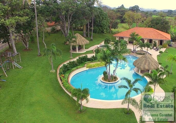 Near Coronado and Beaches - Bring any Offer! PANAMA