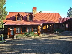 MOUNTAIN HOME, GUEST HOME ON ACREAGE FOR SALE IN TRINIDAD CO