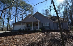 N. GA MOUNTAIN HOME FOR SALE IN GATED COOSAWATTEE RESORT