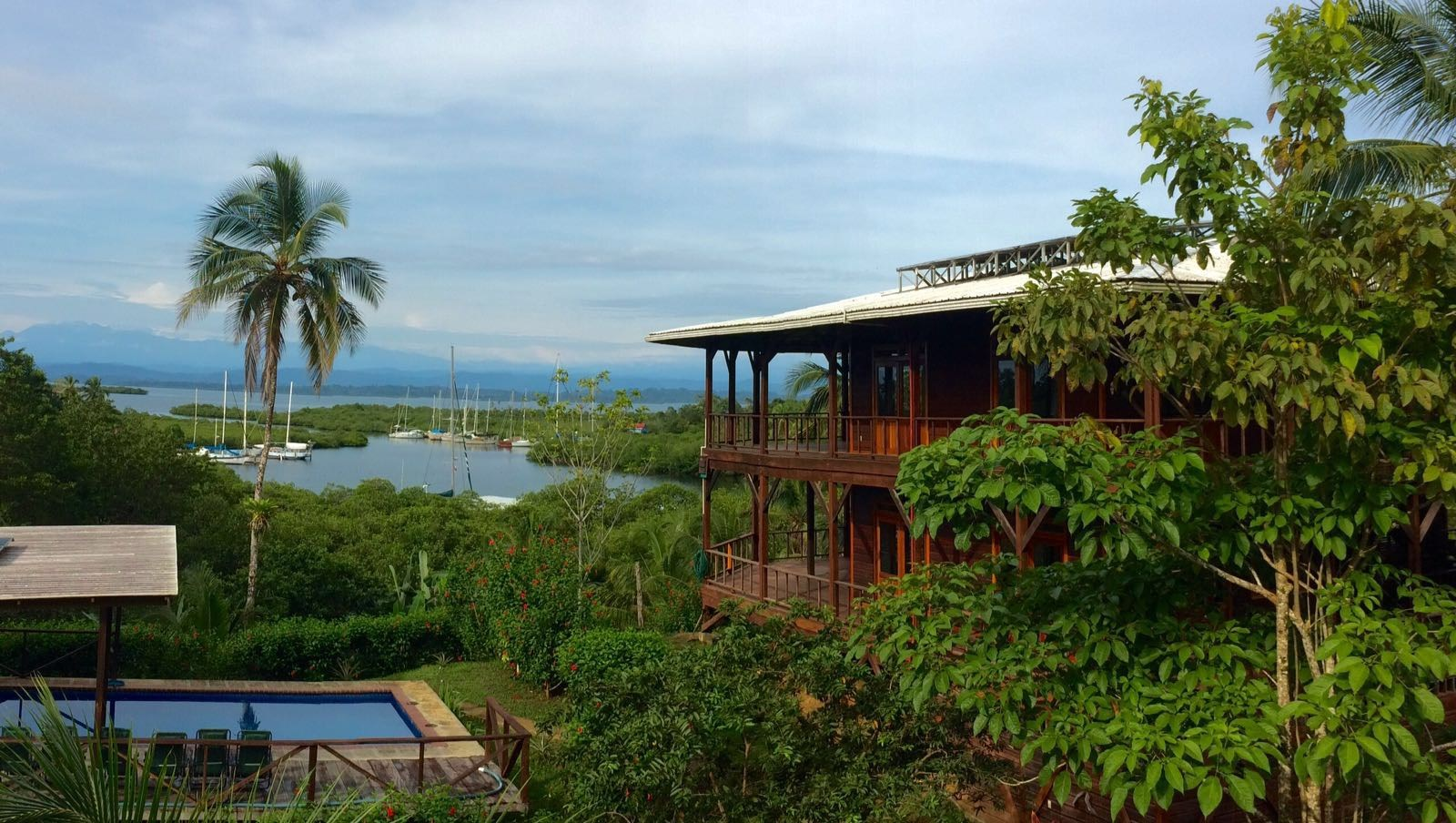 Large, Off the Grid, Luxury Bocas del Toro Coastal Home