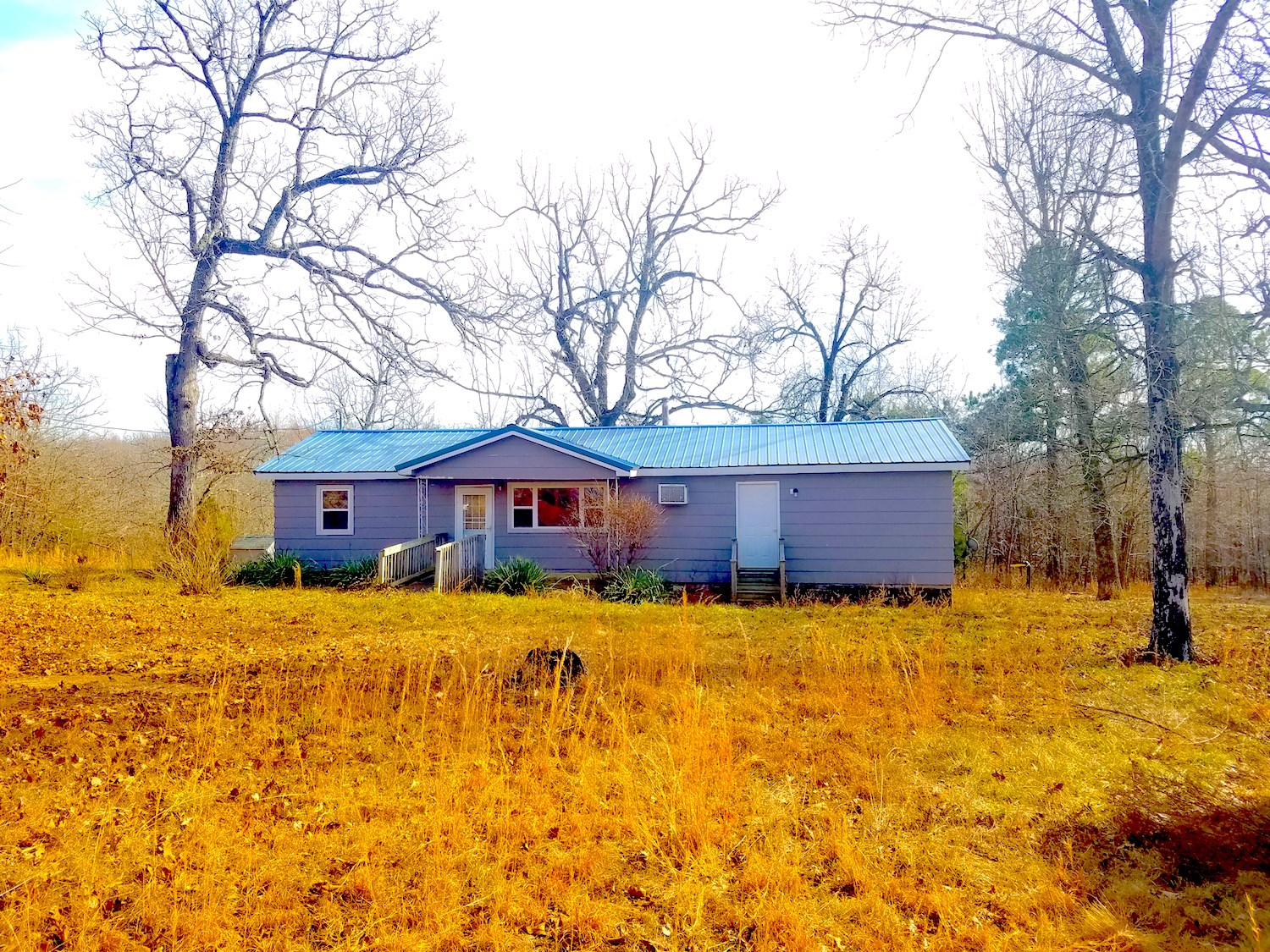 Secluded Home on 10 acres For Sale in Northern Arkansas