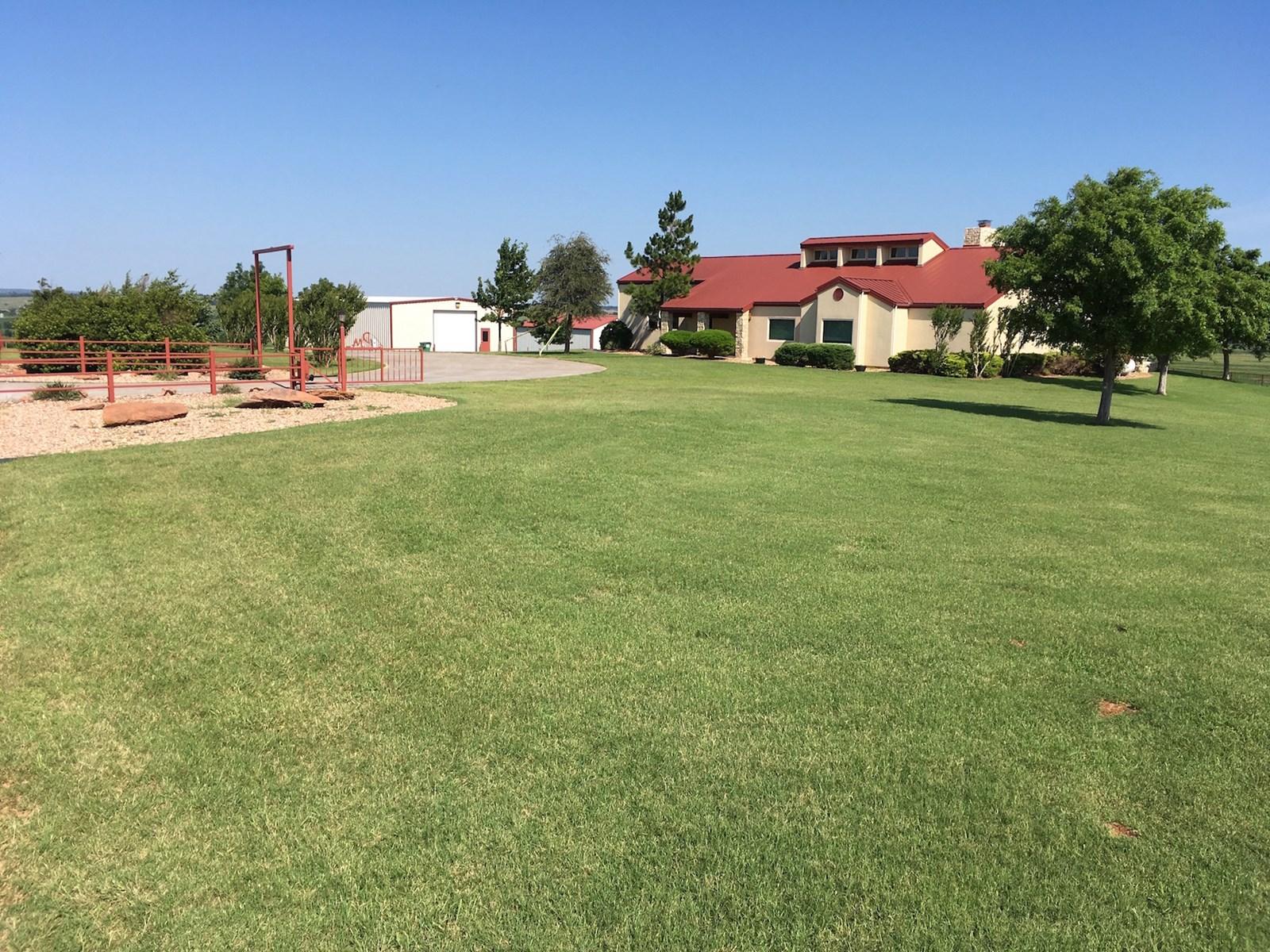 HOME  ACREAGE EQUIPMENT LAND FOR SALE NINNEKAH GRADY COUNTY OKLAHOMA