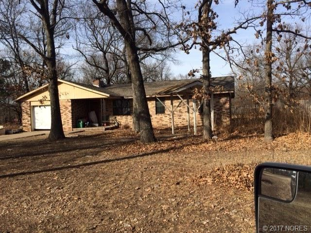 Country home with 5 acres in NE Okla