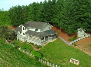 4 BED, 2 & 1/2 BATH HOME WITH EXCEPTIONAL VIEWS