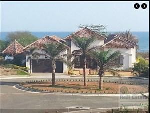 PEDASI BEACHFRONT HOME FOR SALE PANAMA