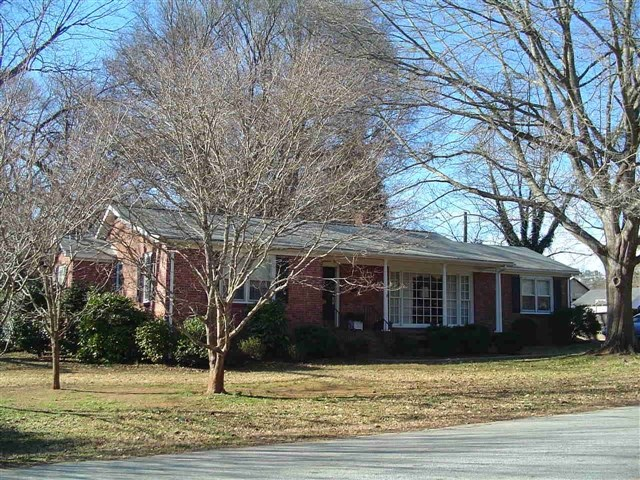 IN TOWN HOME WINNSBORO, SC ONLINE AUCTION