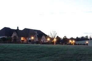 EAST TEXAS COUNTRY ACREAGE FOR SALE W/ HOMES, BARN, HUNTING
