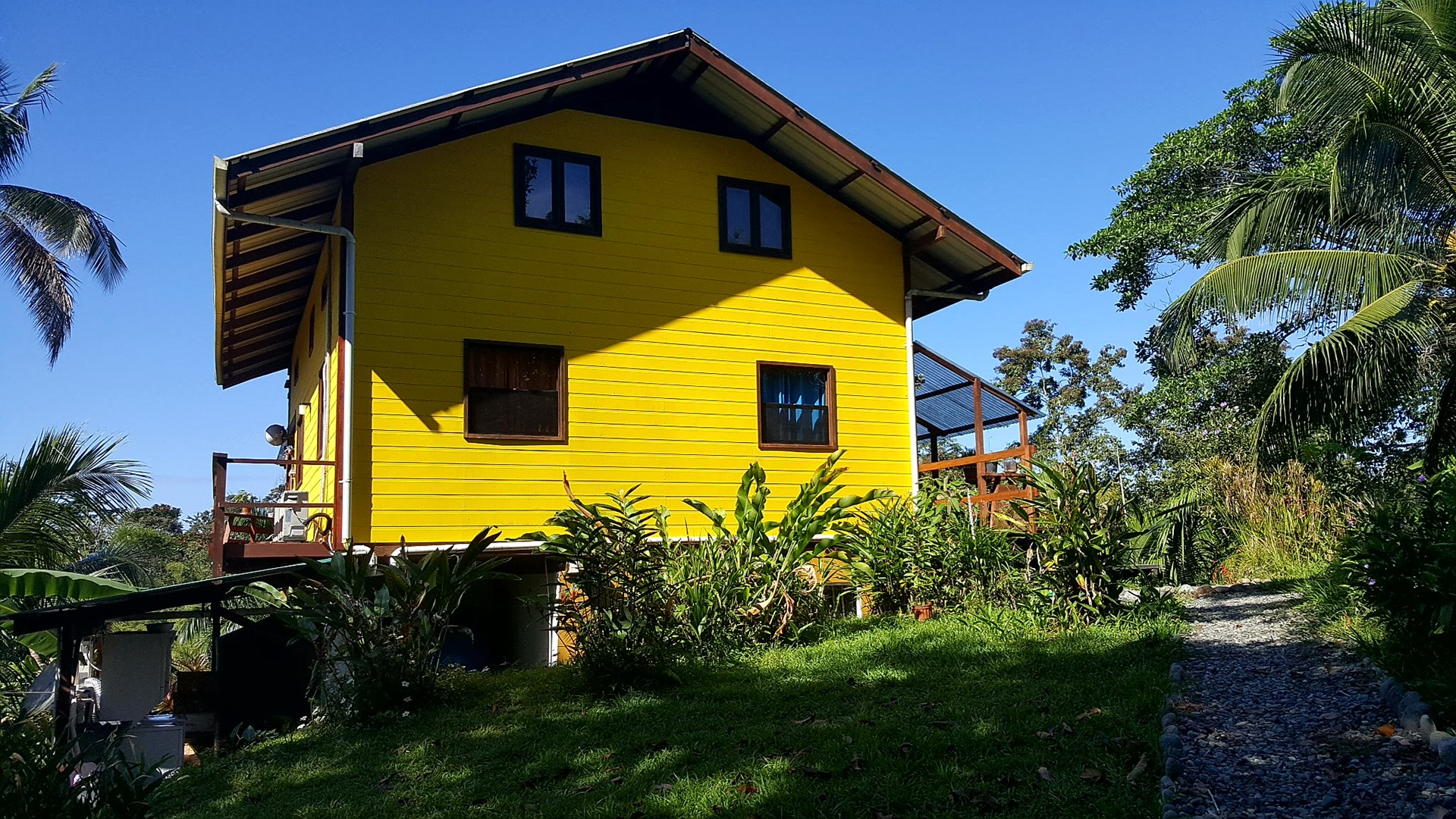 Income Producing Titled Bocas del Toro Home & Apartment