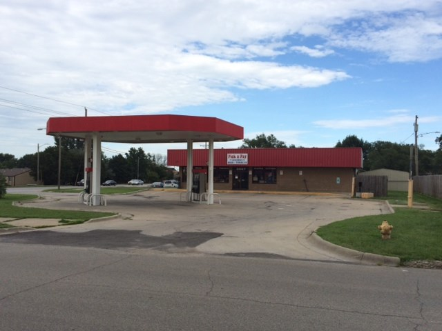 Gas Station Convenience Store in Lawrence KS for Sale
