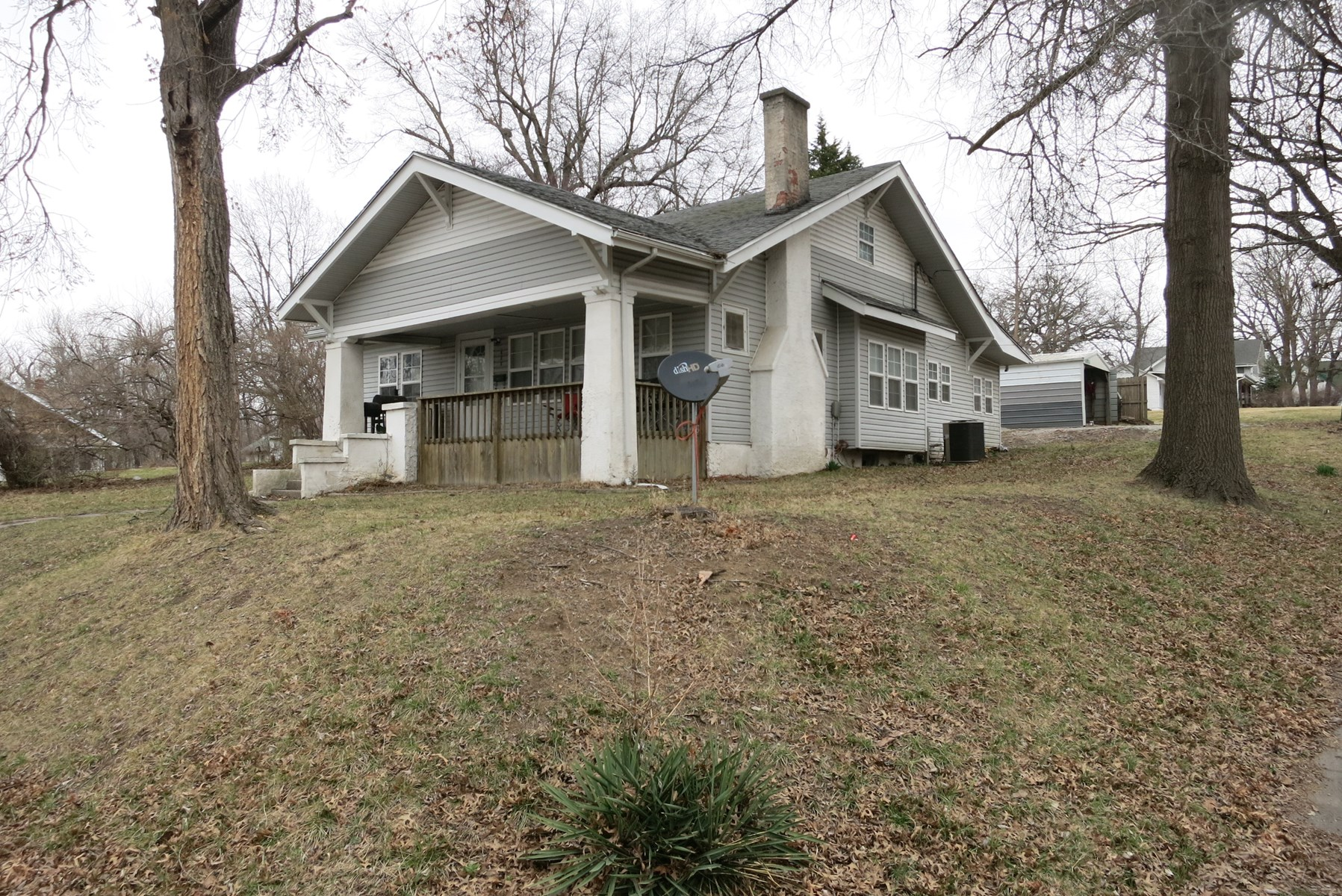 Four Bedroom 1 ½ Story Home in Bethany Missouri