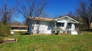 HOME WITH MOTEL ROOMS FOR SALE IN ARKANSAS-BANK OWNED
