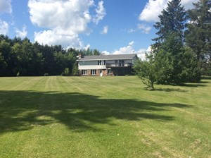 HOME AND HOBBY FARM IN PRINCETON, MN