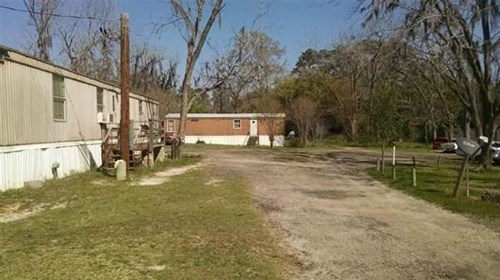 FOUR ACRE TRAILER PARK FOR SALE 1390 N Jefferson Street