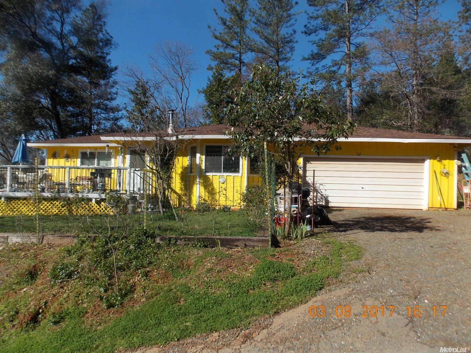 Northern CA home for sale in Applegate CA, almost 1 acre