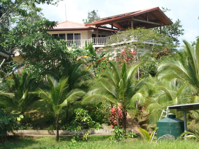 Titled Bed and Breakfast, Hotel and Marina, Isla Solarte