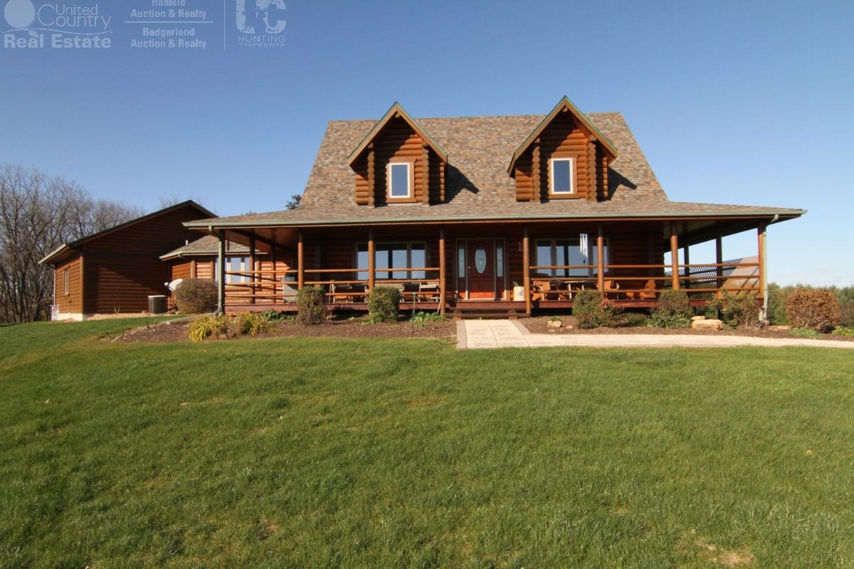 Executive Lodge with Premium Hunting Land in Southwestern Wi