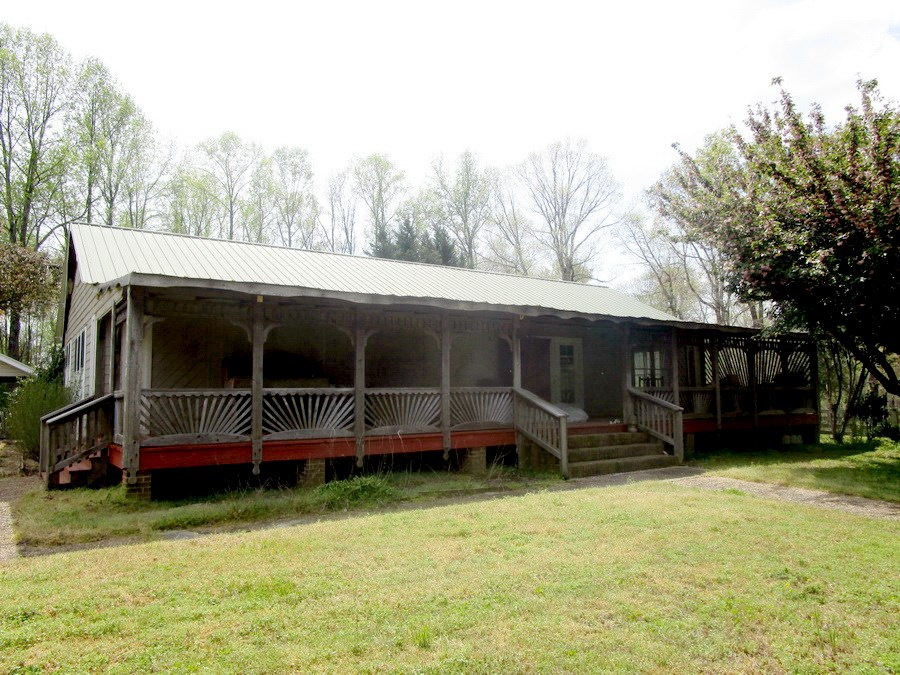 Unique Home on 10 Acres in Lunenburg County, VA