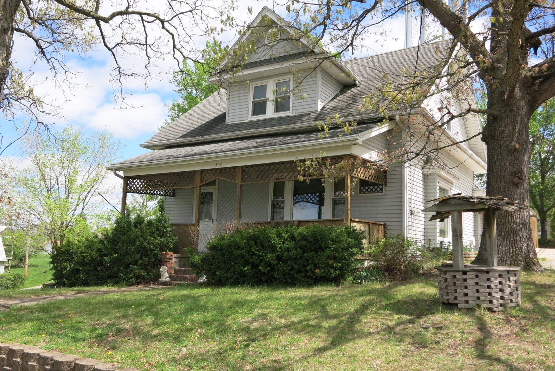 Excellent 1 ½ Story Home in Bethany Missouri