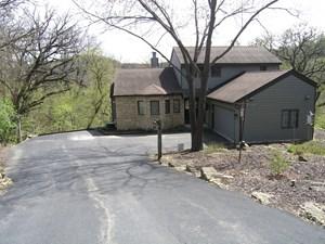 CONTEMPORARY HOME IN GALENA, IL