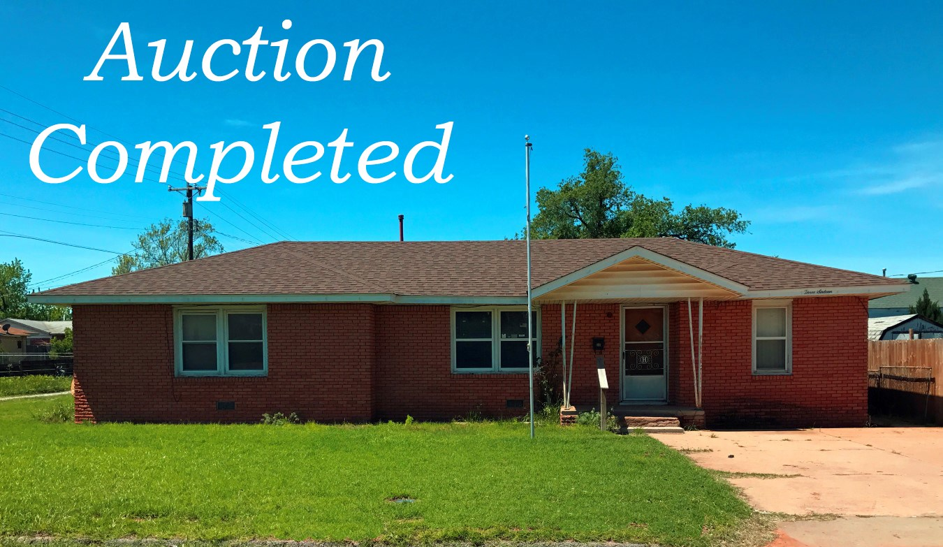 Clinton, OK Home for Sale - 3 bed, 1 bath