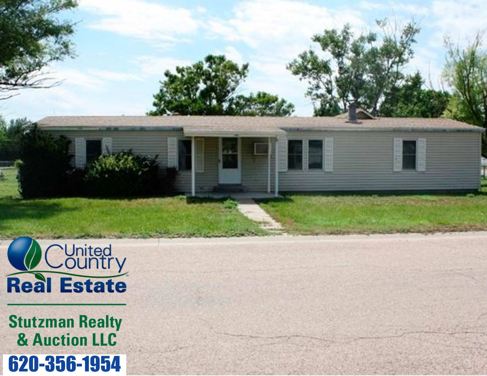 HOME FOR SALE IN HUGOTON, KANSAS
