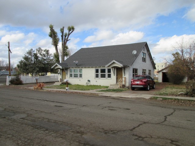 Alturas CA Duplex for Sale – Proven Income Property!