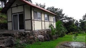 FIRE SALE 3 HOUSES IN 1 LOT IN ALTOS DEL MARIA PANAMA