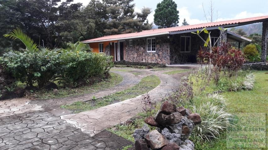Homes for sale in Panama. Altos del Maria,