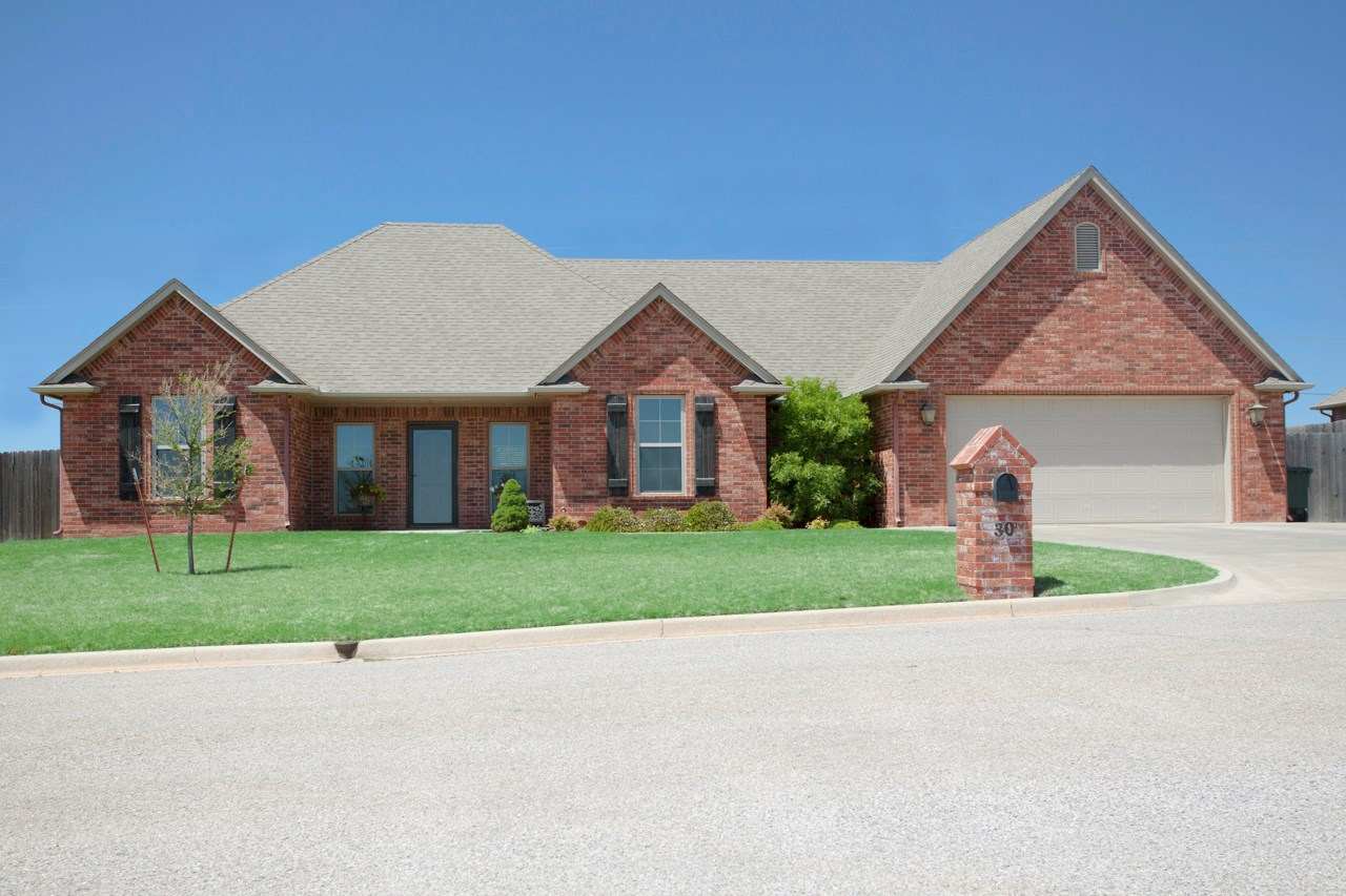 Clinton, Oklahoma Home for Sale in Sights Acres