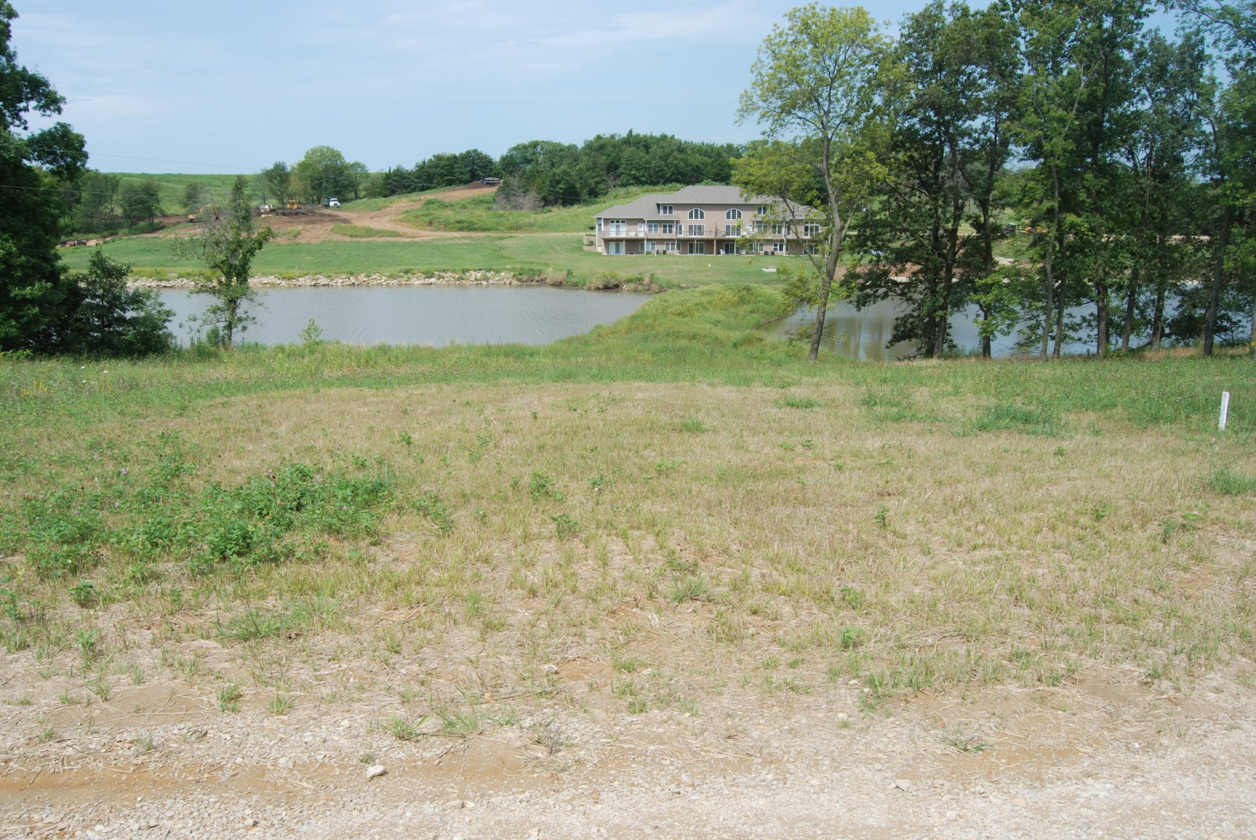 Waterfront Bare Lot For Sale at Lake Thunderhead