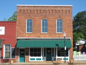 HISTORIC COMMERCIAL BUILDING IN MATTHEWS NC FOR SALE
