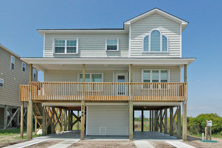 4BR 4BA Waterfront Home for Sale on North Topsail Beach, NC