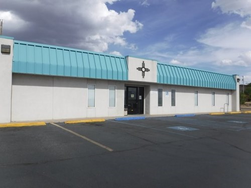 COMMERCIAL BLDG FOR SALE SW NM LEASE IN PLACE