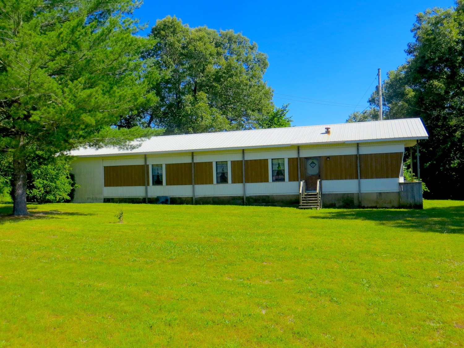 Mobile Home For Sale in Thayer School District