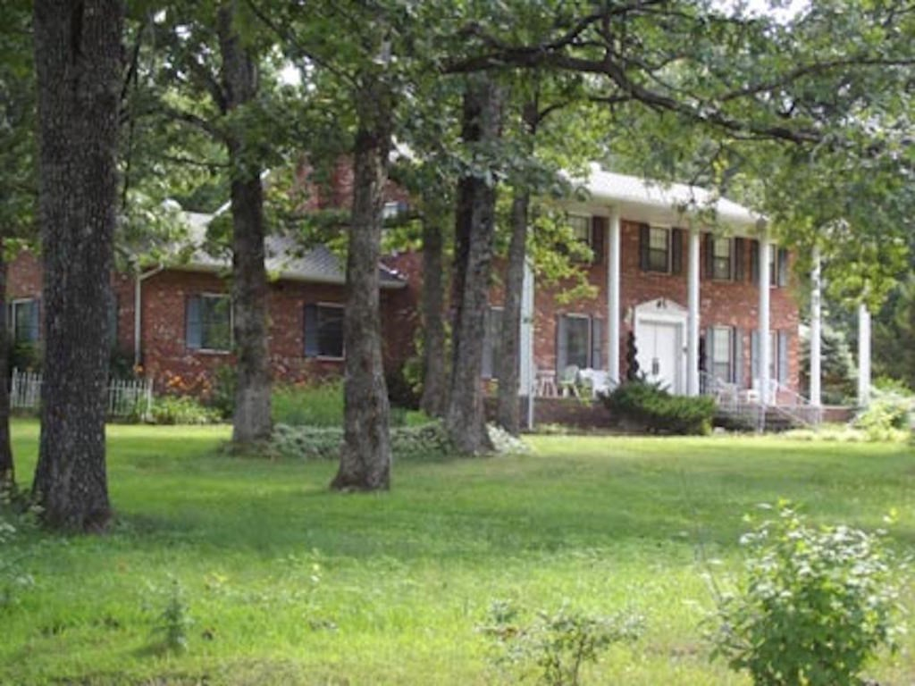 Home For Sale in Ozarks