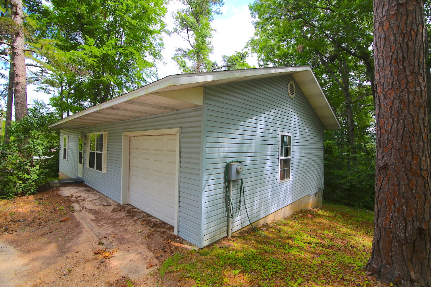 Home For Sale near Current River in Carter County Missouri