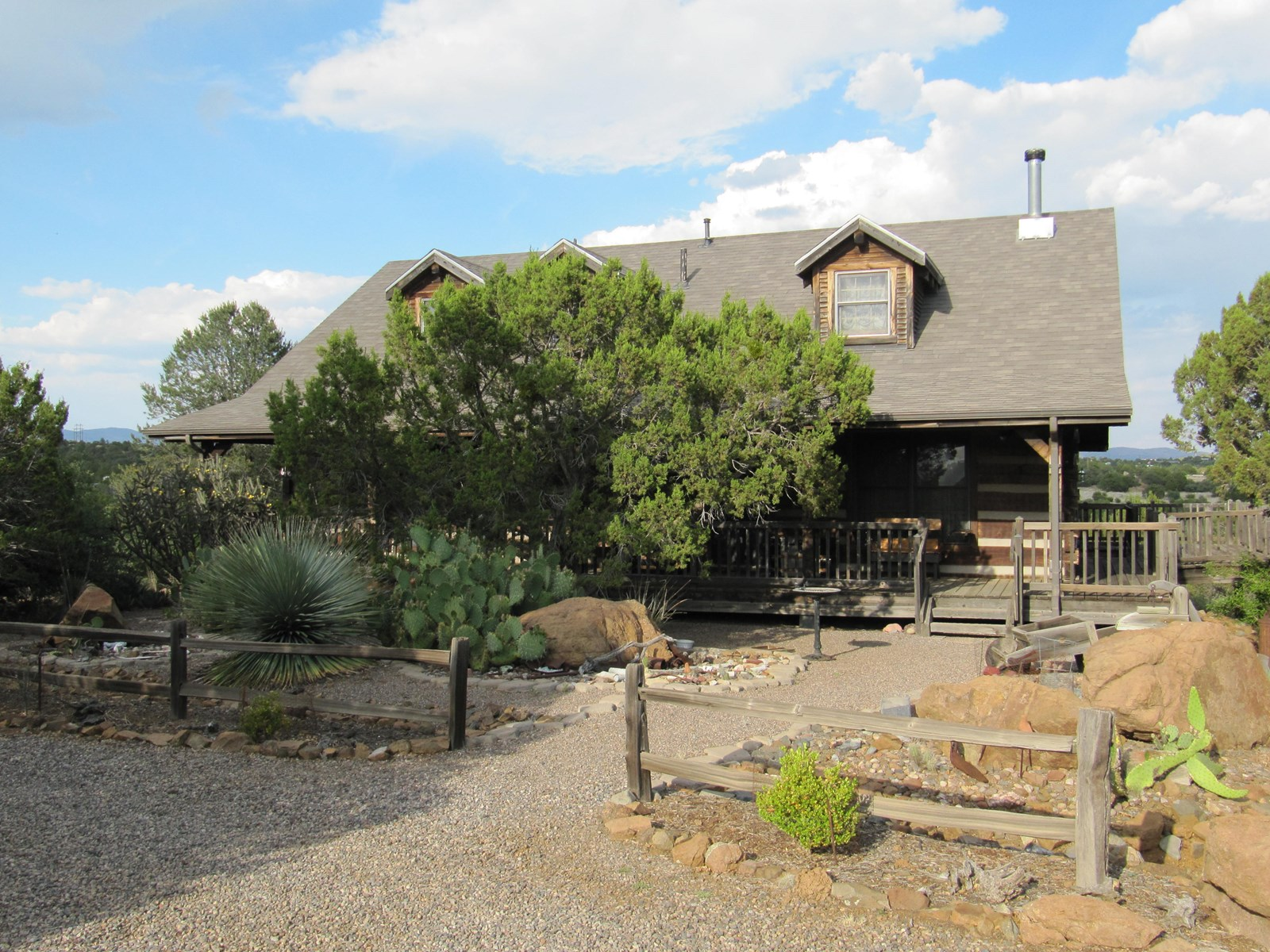 LOG HOME FOR SALE WITH 5 COUNTRY ACRES NEAR SILVER CITY NM