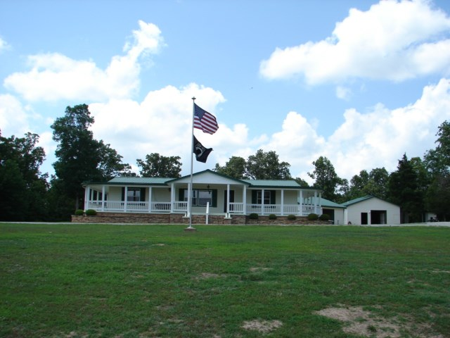 Ozarks Country Home with Acreage for sale near Viola, AR