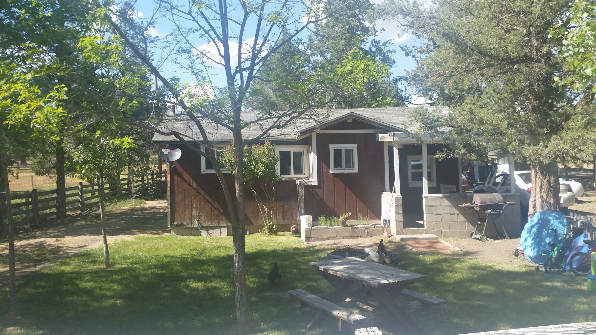 Income Producer: 2 Bdr/1 Bth, 838 Sq. Ft. Country Cottage