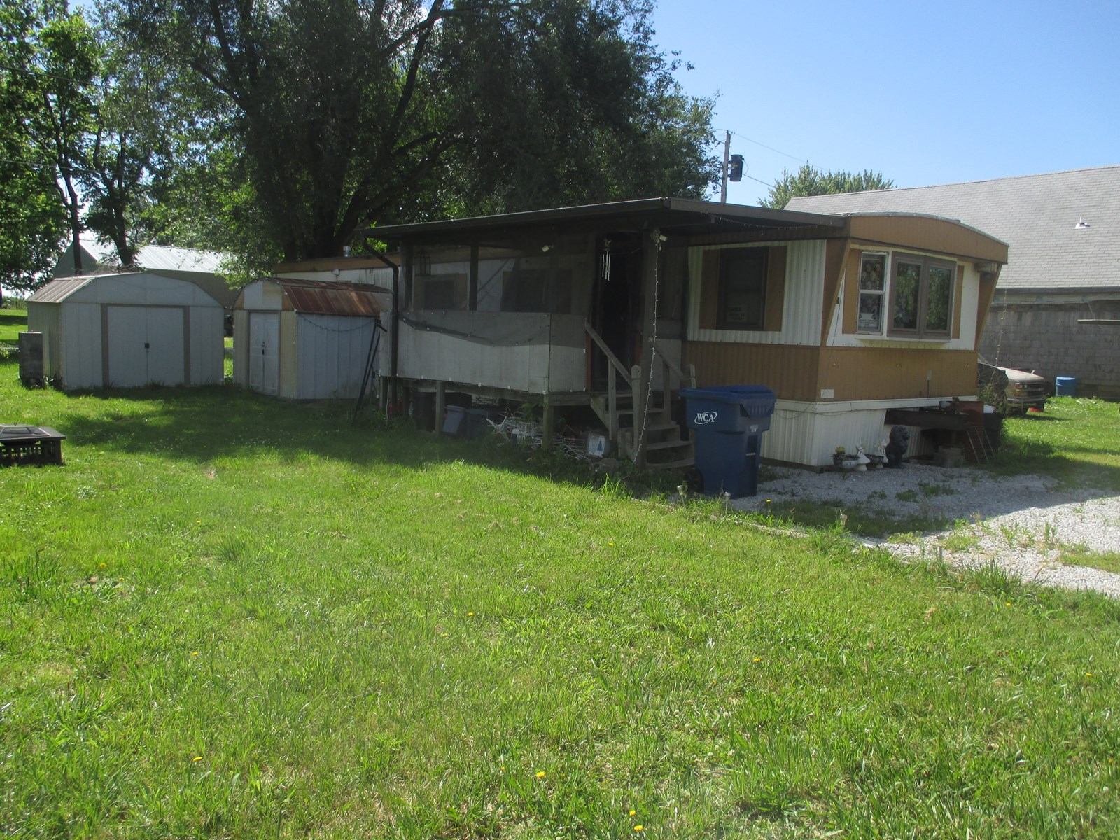 Mobile Home For Sale in Greenfield, Mo