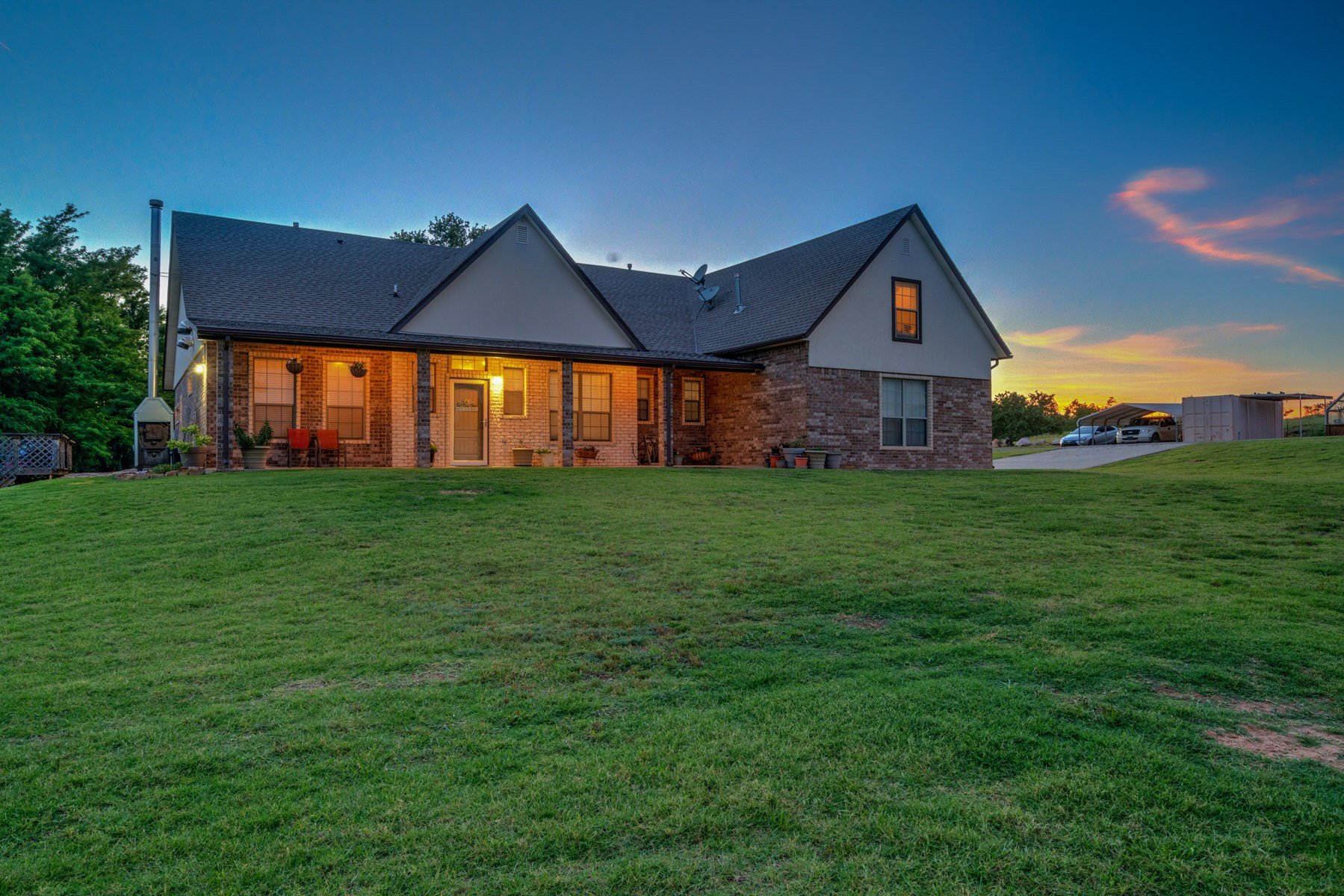Country Home for Sale - Geary, Oklahoma - Canadian River